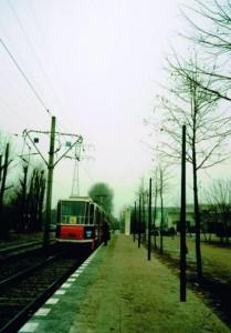 Die Straßenbahn sorgt bis heute für Mobilität in Hohenschönhausen. Foto: Meyerhöfer